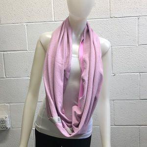 Lululemon pink & gray reversible infinity scarf